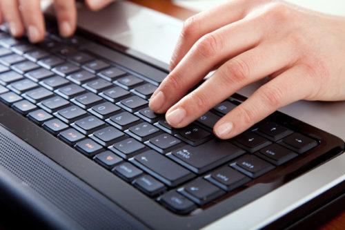 Gunakan bahasa yang umum dan mudah dimengerti - peraturan copywriting untuk tulisan di web .image: activagrup.es