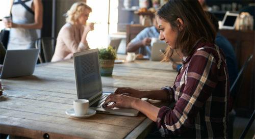 Mendapatkan Sumber Penghasilan Lain - jasa penulis artikel. image : majalah.ottencoffee.co.id